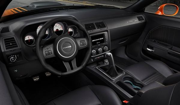 Dodge Challenger RT Shaker 2014 interior