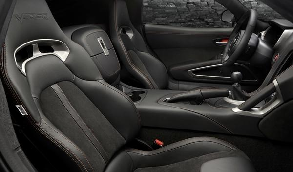SRT Viper GTS Anodized Carbon Special Edition interior 2