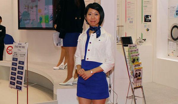 Chicas de los salones de Tokio y Los Ángeles 2013