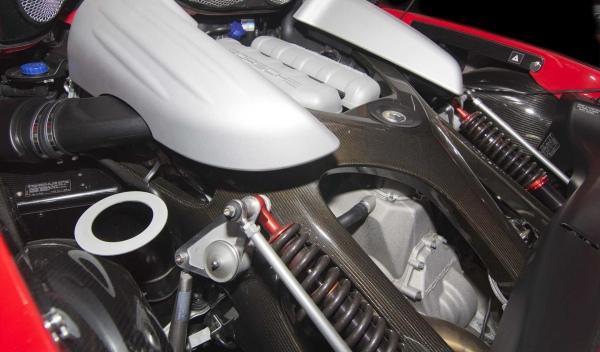 Vista del motor del Porsche Carrera GT