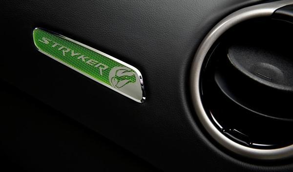 El SRT Viper Stryker Green del Salón de Detroit 2014, interior