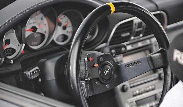 Volante Porsche 9ff