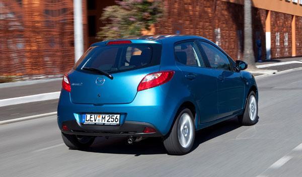Fotos: El Mazda2 prepara su llegada en 2011