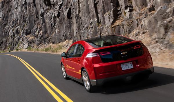 Con el motor de gasolina que opera el sistema eléctrico, la autonomía se extiend