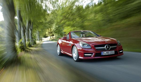 Mercedes-SLK-350-movimiento-frontal