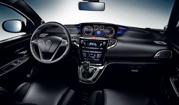 Lancia Ypsilon 2011 interior
