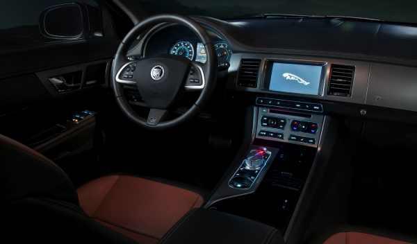 Interior nuevo Jaguar XF