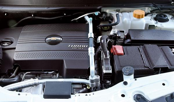 chevrolet-captiva-2.2-VCDI-motor