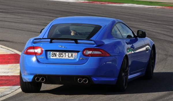 Jaguar XKR-S trasera