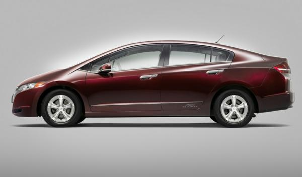 Honda FCX Clarity lateral