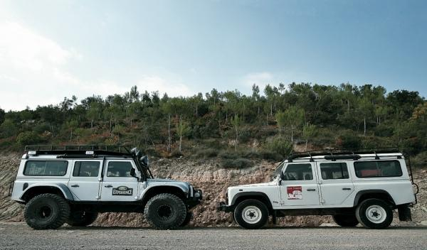 land-rover-defender-big-foot-lateral