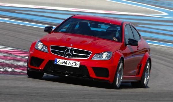 Mercedes-C-63-AMG-Black Series-08