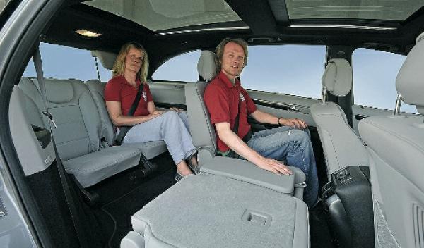 mercedes-r-350-interior