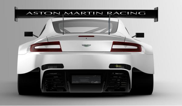 Aston Martin Vantage V12 GT3 2012 trasera 600 CV