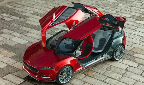 Ford-EVOS-Concept-exterior-puertas-alas-de-gaviota