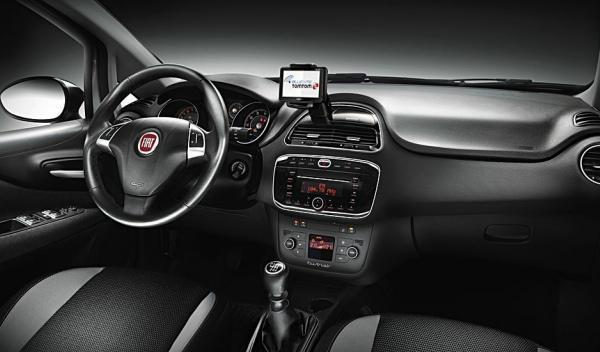 Fiat-Punto-2012-interior