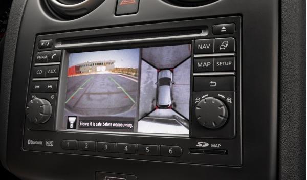 Nissan-Qashqai-interior-detalle-camara-vision-360º