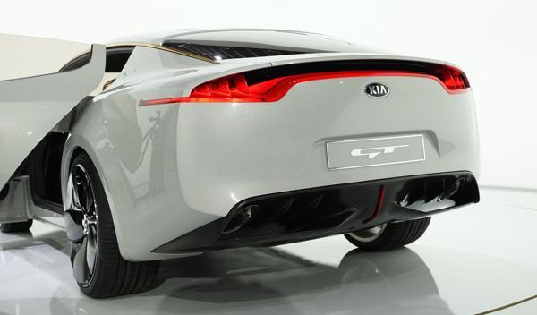 Kia GT Concept trasera Salón Frankfurt 2011