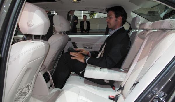 BMW-Serie-3-interior-plazas-traseras