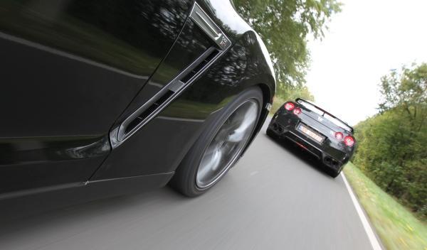 Nissan GT-R coche a coche