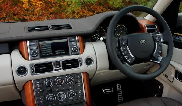 Land-Rover-Range-Rover-2012-interior