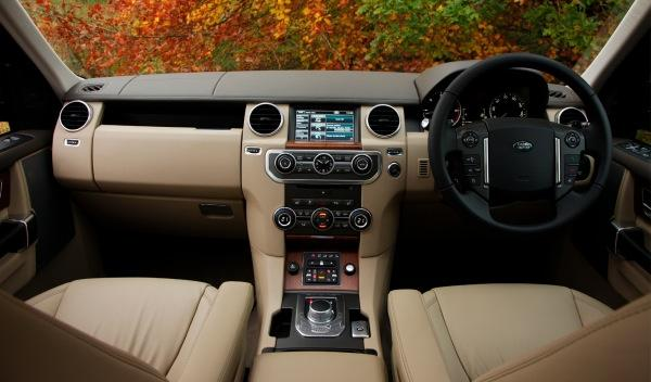 Land-Rover-Discovery-2012-interior