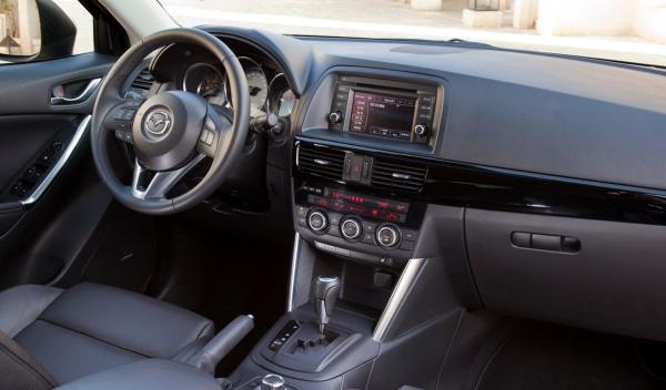 Mazda-CX-5-salpicadero