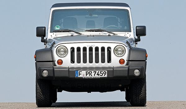 Jeep Wrangler Unlimited 2.8 CRD Rubicon frontal