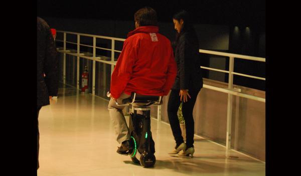 AUTOBILD.ES con el Honda Uni-Cub Salón de Tokio 2011