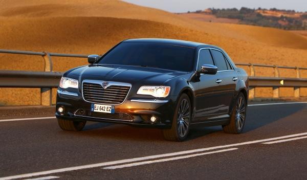Lancia Thema exterior frontal