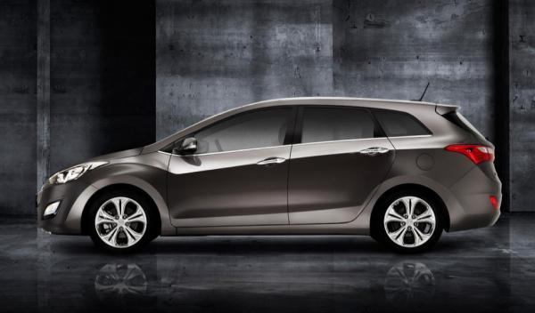 Hyundai i30 wagon lateral