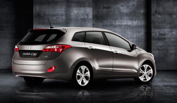 Hyundai i30 wagon trasera