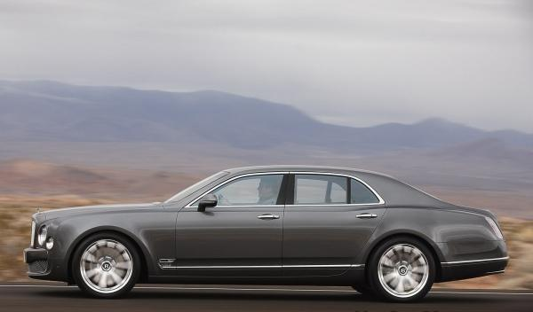 Bentley Mulsanne Mulliner lateral