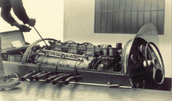 Ferrari Hydroplane 'Arno XI' motor
