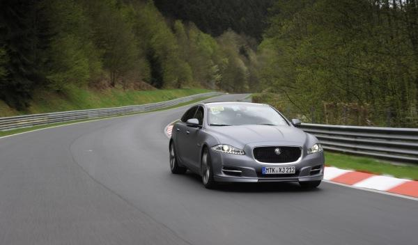 Jaguar 'Nürburgring taxi' vuelta