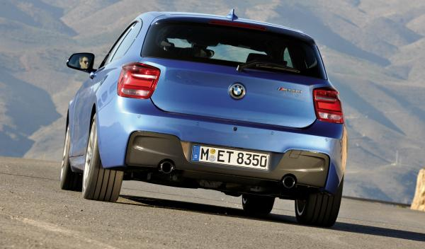 BMW Serie 1 2012 tres puertas zaga