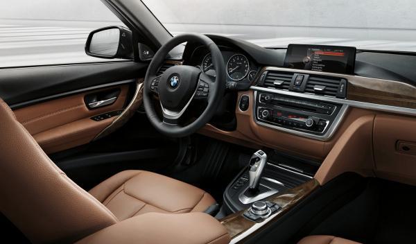 BMW Serie 3 Touring  interior