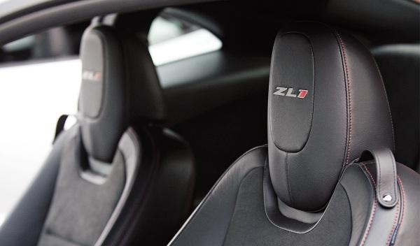 Chevrolet-Camaro-ZL1-asientos