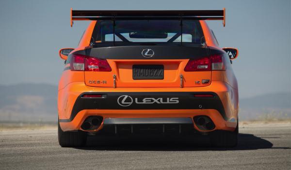 Lexus IS F CCS-R zaga