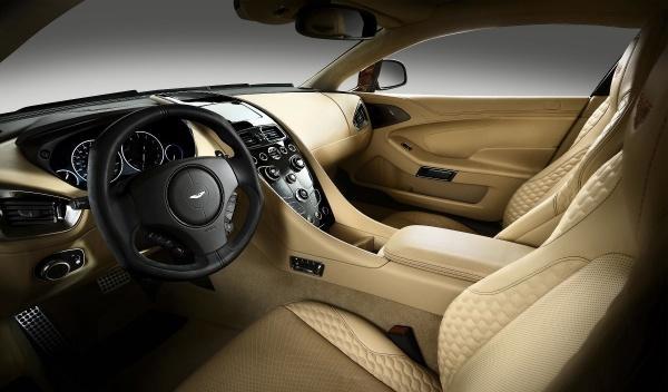 El nuevo Vanquish conserva el lujo y la sobriedad de acabados de Aston Martin