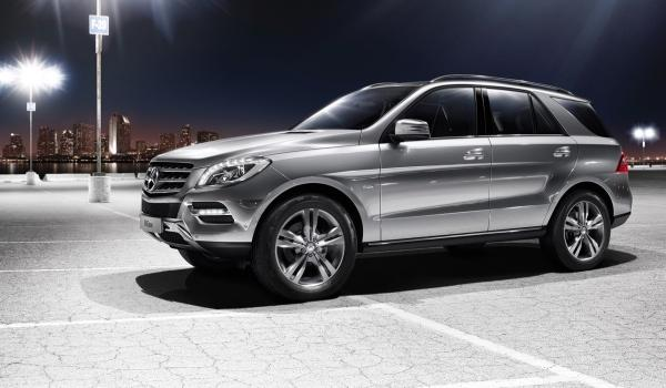 Mercedes ML 500 4MATIC BlueEFFICIENCY lateral