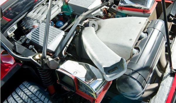 Ferrari F40 motor