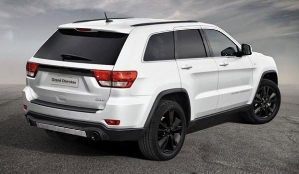 Jeep Grand Cherokee S-Limited trasera