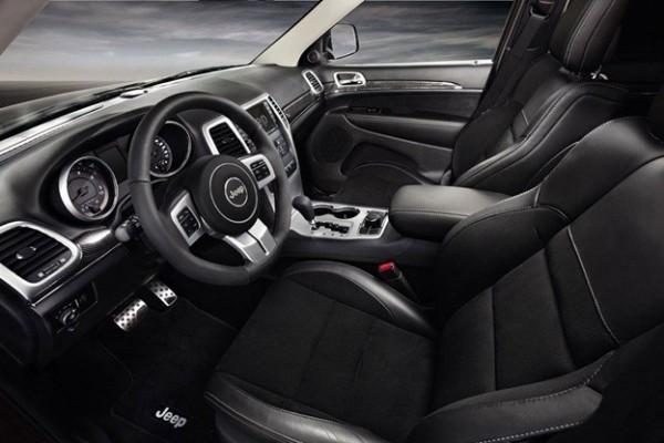 Jeep Grand Cherokee S-Limited interior