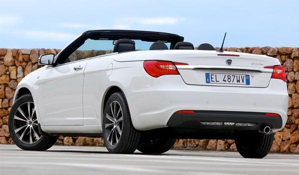 Lancia-Flavia-trasera