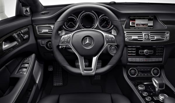 Mercedes CLS AMG Shooting Brake salpicadero