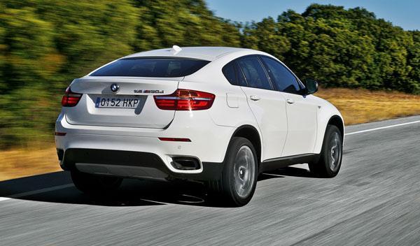 BMW X6 M50d, trasera