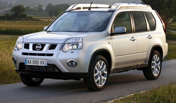 Nissan X-Trail, frontal