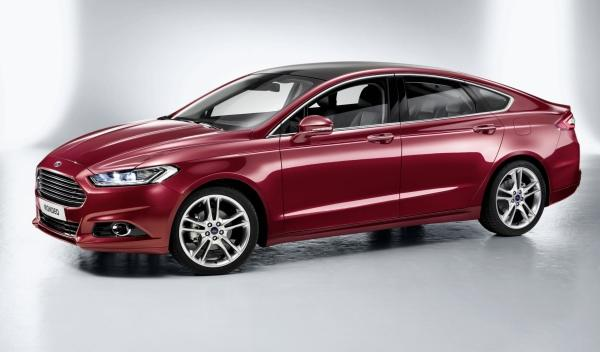 Lateral del Ford Mondeo 2013