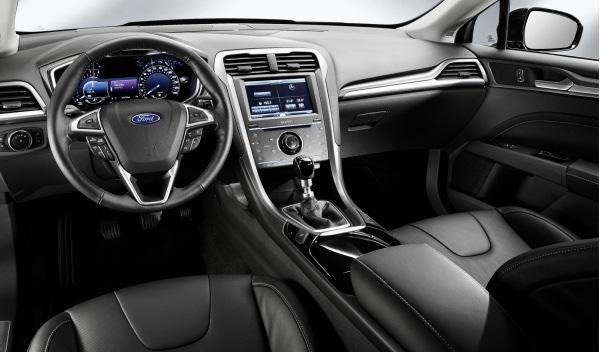 Interior del Ford Mondeo 2013